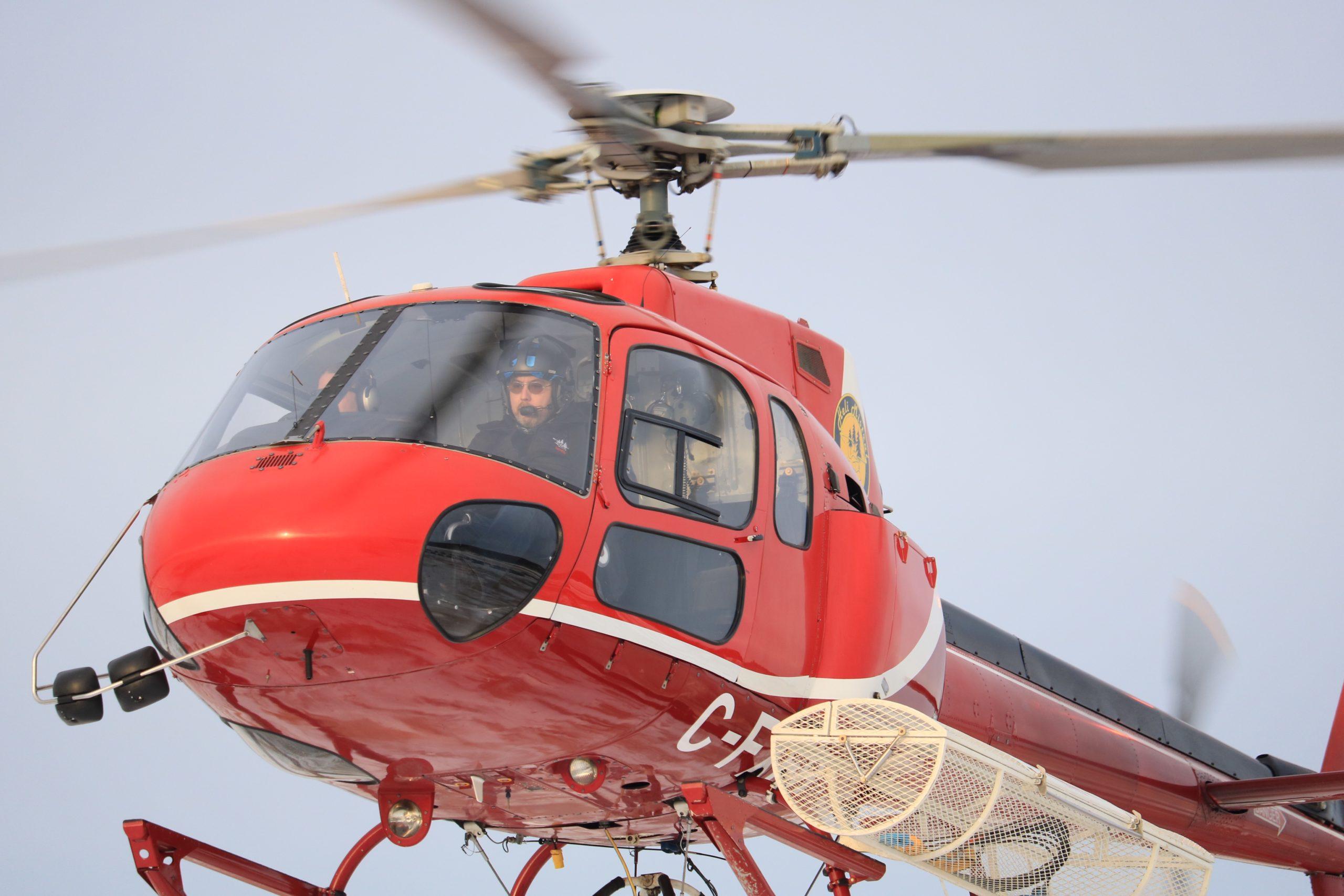 Héli Mistral Service hélicoptère Astar B2